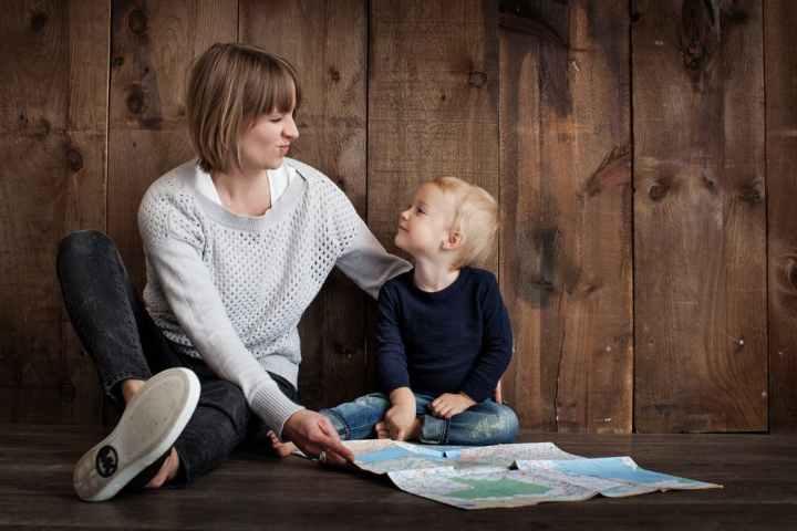 Het is onbeschoft om aan een moeder te vragen hoe ze werk en privé gaatcombineren!