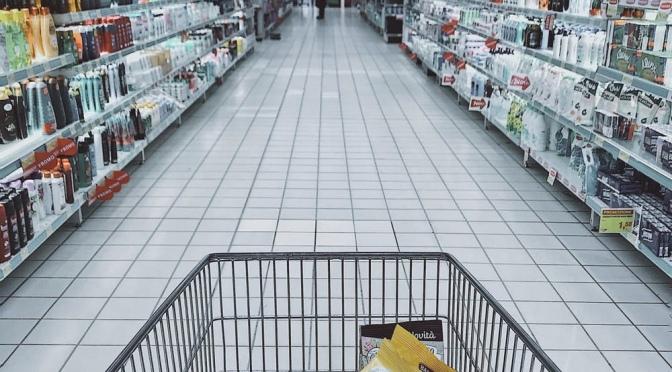Bescherm winkelpersoneel: houd afstand!